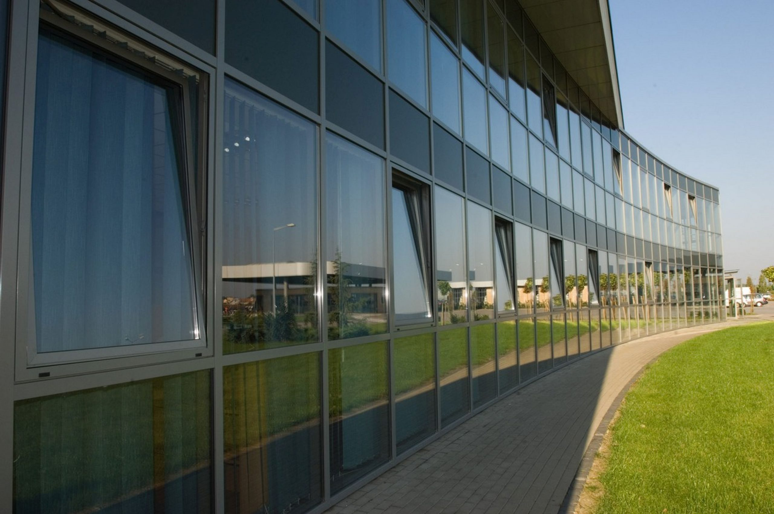 ac-kern-schüco-aluprofhs-mb-50tti-türen-fenster-0001-scaled Fassaden